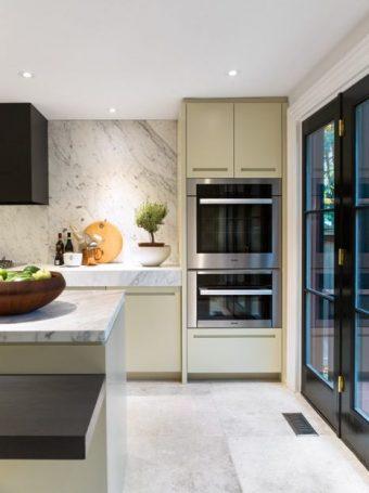 Yorkville Cottage kitchen