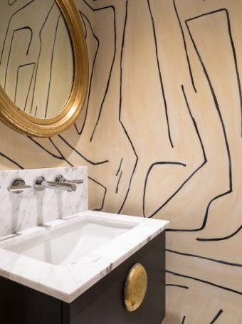 Yorkville Cottage bathroom